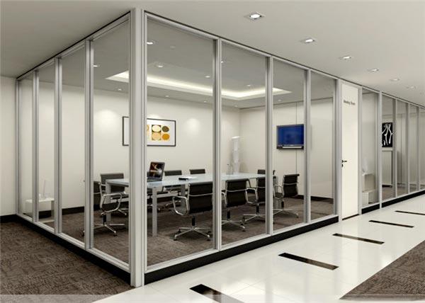 大连办公隔断墙介绍卫生间的玻璃隔断安装